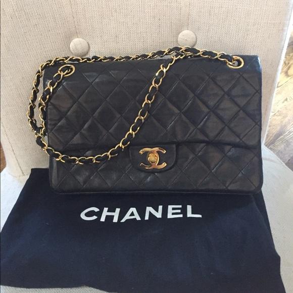599a9cd173b CHANEL Handbags - Authentic Chanel vintage black double flap bag